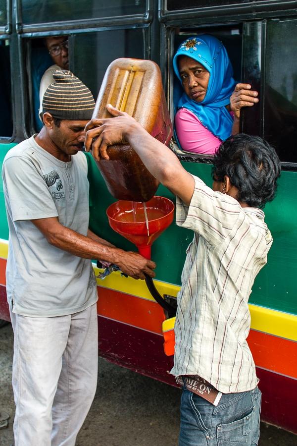 Photographie de voyage - Station service, Indonésie