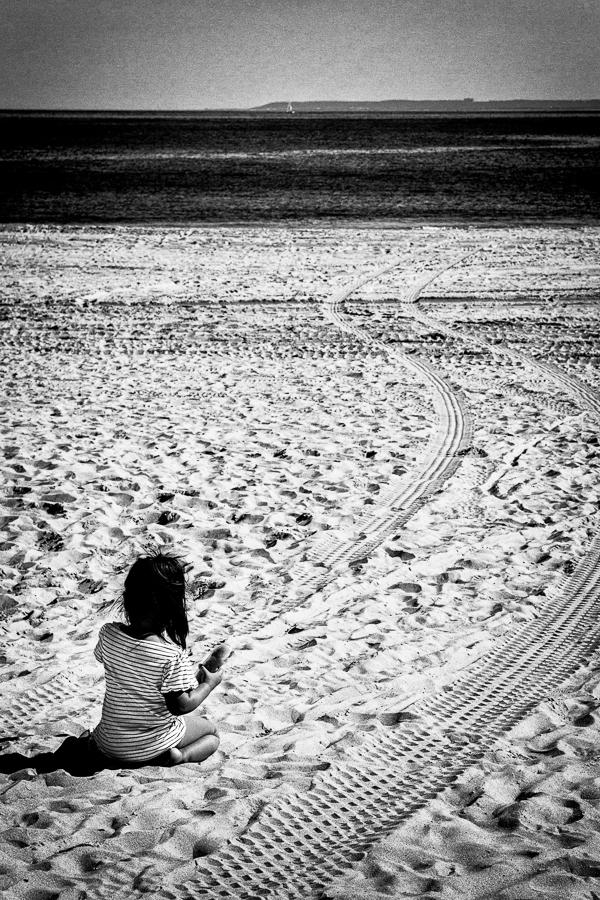 Photographie de voyage - petite fille sur une plage à New York